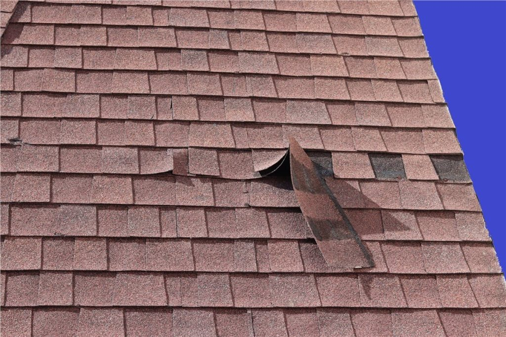 How to Deal With Roof Wind Damage in Minnesota, MN